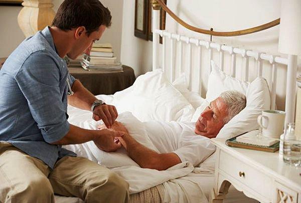 Уход за лежачих больных как оформить в дом престарелых в казани